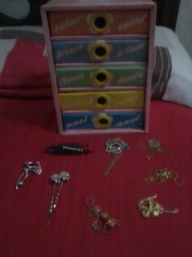 Destralhe da caixinha de bijuterias